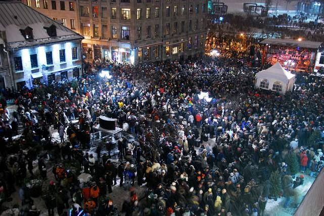 Dans le Vieux-Montréal, plusieurs activités et spectacles souligneront... (PHOTO FOURNIE PAR LES FÉÉERIES DU VIEUX-MONTRÉAL, ARCHIVES)