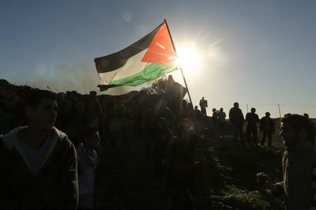 Manifestation palestinienne à la frontière entre Israël et... (Photo MAHMUD HAMS, archives AFP)