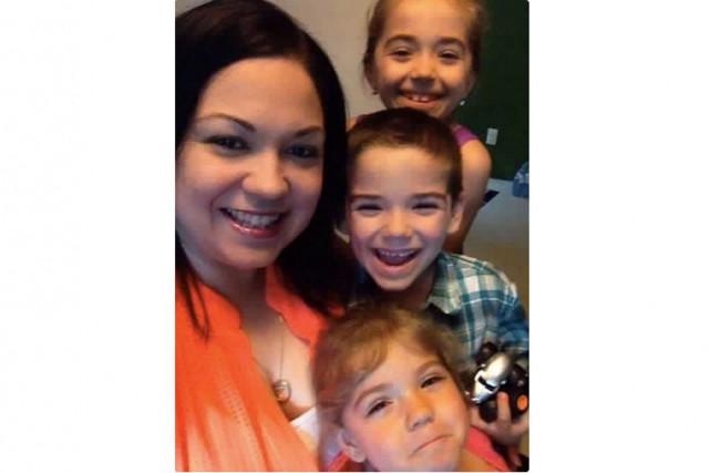 Elizabeth Harris est allée conduire ses enfants de... (Courtoisie)