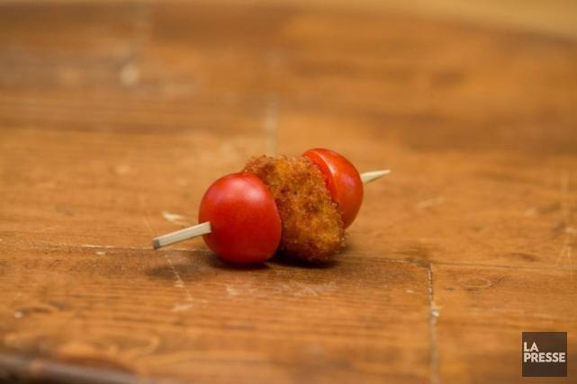 Farcie, caramélisée, en brochette, en bonbon, la tomate cerise fait sa fraîche... (PHOTOS OLIVIER PONTBRIAND, LA PRESSE)