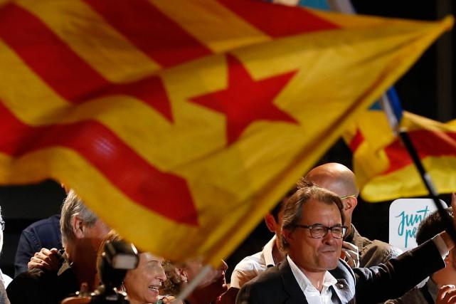 Artur Mas, candidat de la coalition indépendantiste Junts... (PHOTO MANU FERNANDEZ, ARCHIVES AP)