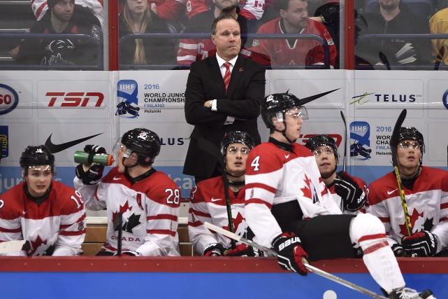 La formation canadienne de Dave Lowry a manqué... (La Presse Canadienne, Sean Kilpatrick)