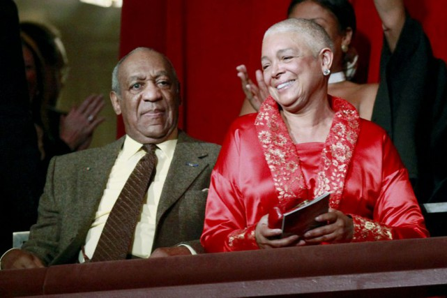 Bill Cosby et sa femme Camille en 2009.... (Archives AP)