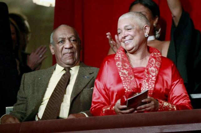 Bill Cosby et sa femme Camille en 2009... (Archives, Associated Press)