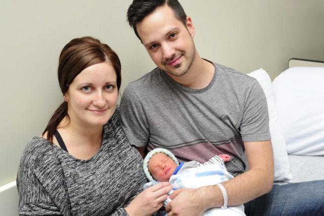 Les nouveaux parents Ariane Lesieur et Benoit Cloutier... (Andréanne Lemire)