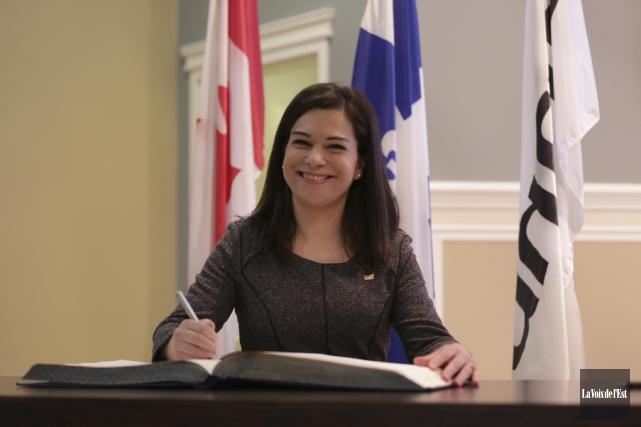 La nouvelle conseillère Julie Bourdon a hâte de... (Catherine Trudeau, La Voix de l'Est)