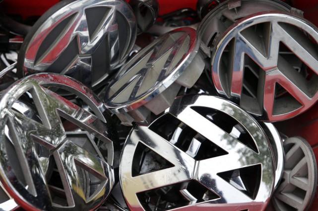 Le scandale des moteurs truqués a fait très... (Archives, Associated Press)