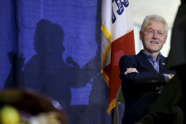 Bill Clinton, 69 ans, était jusqu'à présent resté... (Archives, Associated Press)