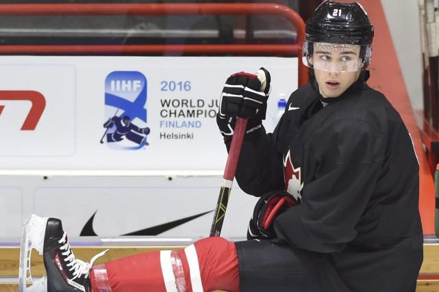 Anthony Beauvillier tente de s'accrocher au positif de... (La Presse Canadienne)