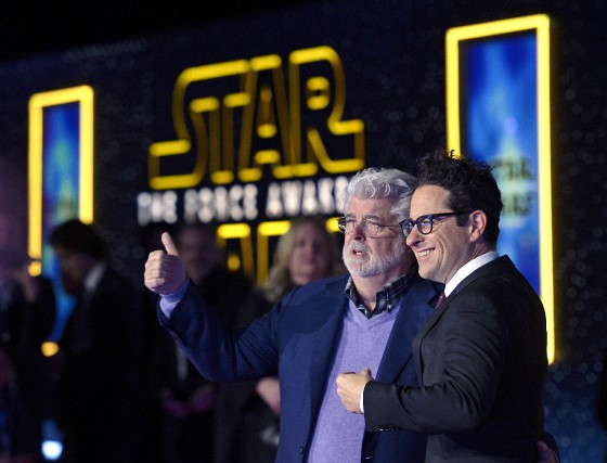 Le créateur de Star Wars George Lucas et... (PHOTO KEVORK DJANSEZIAN, REUTERS)