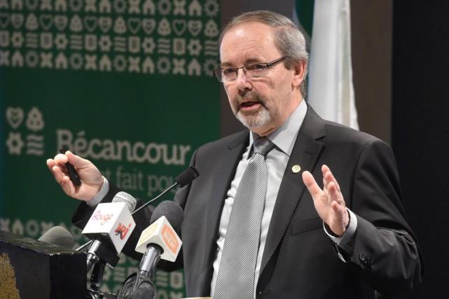 Le maire de Bécancour Jean-Guy Dubois a annoncé... (François Gervais)