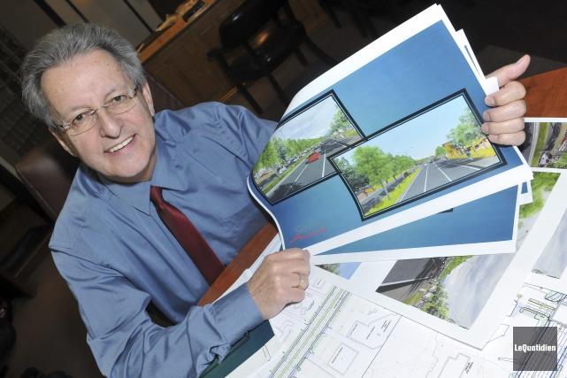 Le maire de Saguenay a annoncé aux commerçants... (Photo Le Quotidien, Rocket Lavoie)