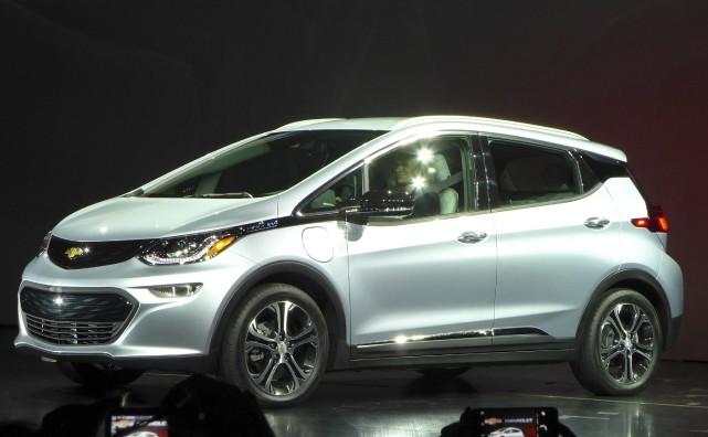 La Chevrolet Bolt EV aurait une autonomie de... (AFP, Sophie Estienne)