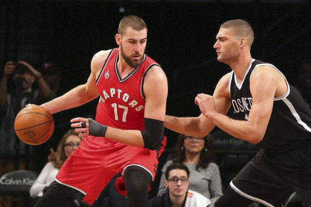 Jonas Valanciunas a fourni 22 points et les Raptors de Toronto ont infligé un... (Photo USA Today Sports)
