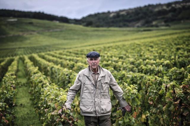 Aubert de Villaine (photo) etPierre Chevalont porté les... (PHOTO JEFF PACHOUD, AFP)