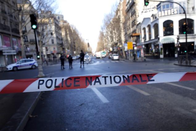 L'événement est survenu un an jour pour jour... (Associated Press, Christophe Ena)