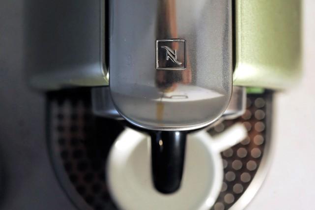 Les cafetières à capsules sont susceptibles d'être envahies... (PHOTO ADRIAN MOSER, ARCHIVES BLOOMBERG)