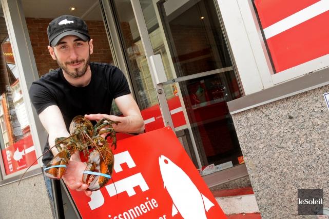 Le propriétaire de la poissonnerie, Jean-François Mondou, a... (Photothèque Le Soleil)