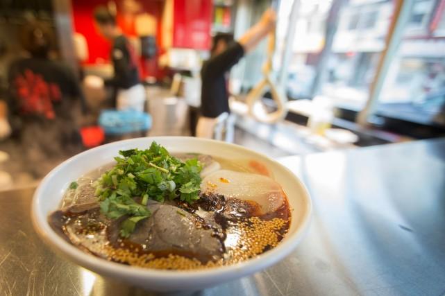 Le plat combine un bouillon préparé avec soin,... (PHOTOIVANOH DEMERS, LA PRESSE)