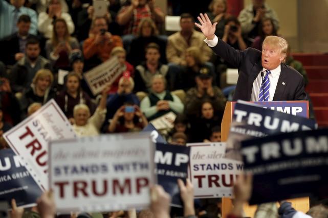 En 2015, le «fascisme» est devenu, une fois encore, le carburant supérieur des... (Associated Press)