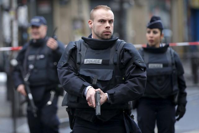 Un an jour pour jour après l'attentat contre le journal Charlie Hebdo,... (Associated Press)