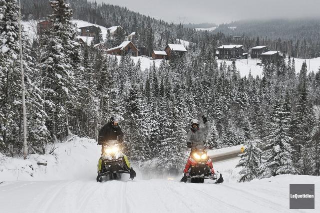 L'hiver dernier, 34 collisions mortelles en motoneige ou... (Archives Le Quotidien)