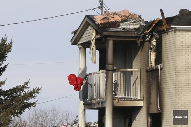 Le feu s'est déclaré mercredi vers 16h45 dans... (Janick Marois, La Voix de l'Est)