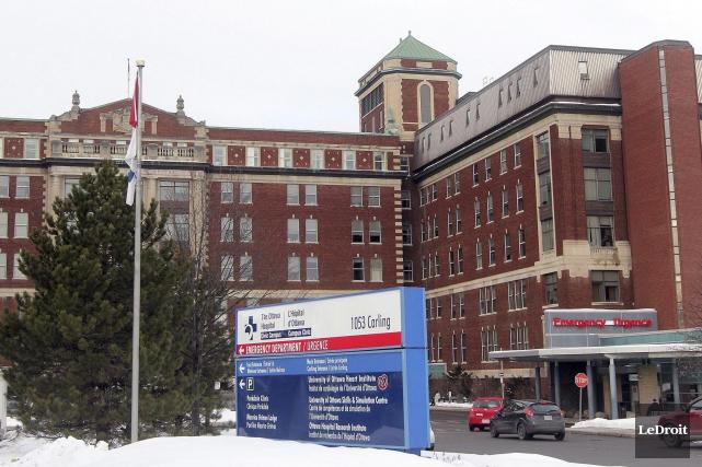 L'Hôpital d'Ottawa accuse deux anciens employés d'avoir accepté... (Etienne Ranger, LeDroit)