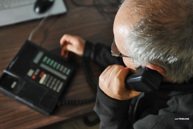 Des citoyens de Sherbrooke ont reçu des appels de fraudeurs ces derniers temps... (Archives La Tribune)