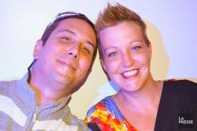 Caroline Morin, en compagnie de son conjoint, Frédéric... (Photo Facebook)