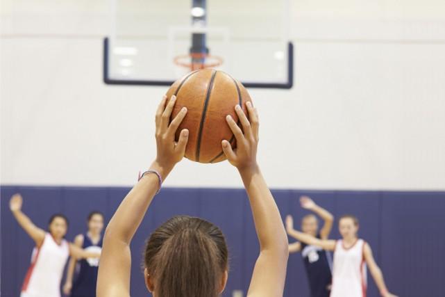 En tant qu'entraîneur en basketball féminin en Mauricie depuis près de 10 ans,... (123rf)