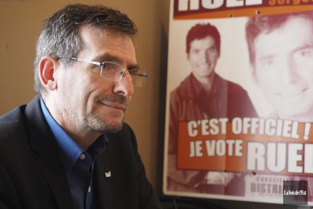 Le conseiller municipal démissionnaire, Serges Ruel, agira à... (Alain Dion, archives La Voix de l'Est)