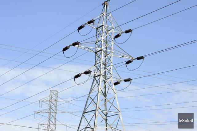 Le besoin accru en acier de pylônes s'explique... (Photothèque Le Soleil)
