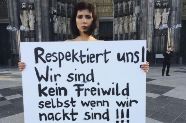«Respectez-nous! Nous ne sommes pas un jeu, même... (AP, Dorothee Thiesing)