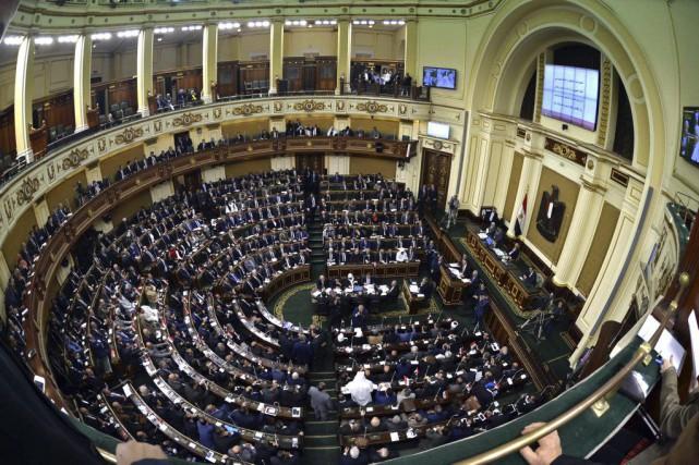 L'Égypte était sans Parlement depuis juin2012, lorsque l'Assemblée... (PHOTO SAID SHAHAT, AP)