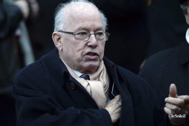 Bernard Landry a assisté aux funérailles de Jean-Paul... (PHOTO ÉRICK LABBÉ, LE SOLEIL)