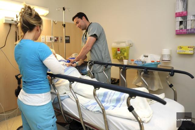 L'Estrie comptait 46 infirmières de plus au 31... (Archives La Tribune)