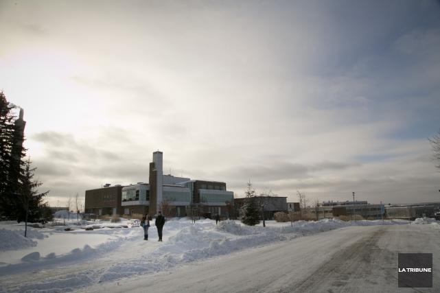 L'Université de Sherbrooke vient de lancer sa nouvelle... (Archives La Tribune)