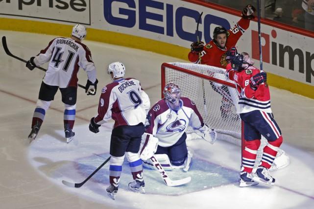 Patrick Kane et Marian Hossa ont inscrit deux buts chacun et les Blackhawks de... (PHOTO AP)
