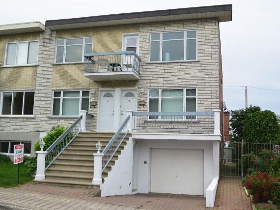 Ce duplex situé à Montréal-Nord s'est vendu429000$ après186... (Photo fournie par le courtier)