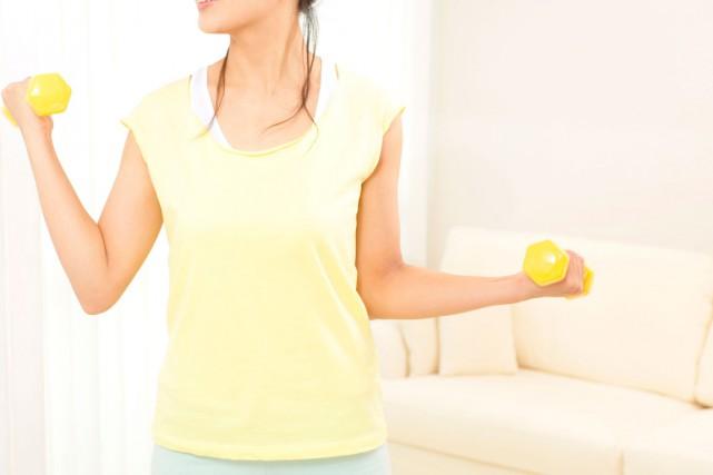 Envie de vous remettre en forme, à partir de la maison? Voici 10 exercices... (PHOTO THINKSTOCK)