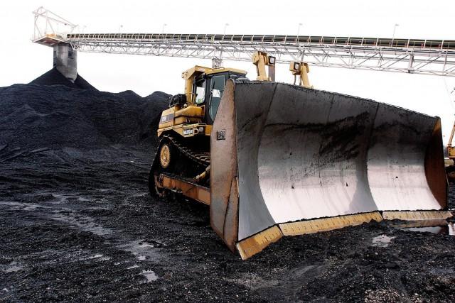 En grande difficulté, le secteur du charbon américain... (Photo archives AP)