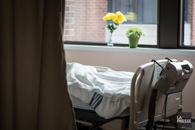 Les Canadiens qui sont gravement malades sont carrément «laissés pour compte»... (PHOTO MATHIEU WADDELL, ARCHIVES LA PRESSE)
