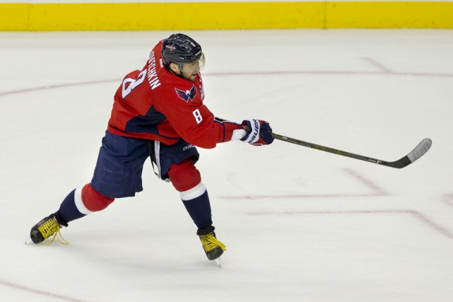 Alexandre Ovechkin a marqué ses 500e et 501e buts... (Archives Associated Press)