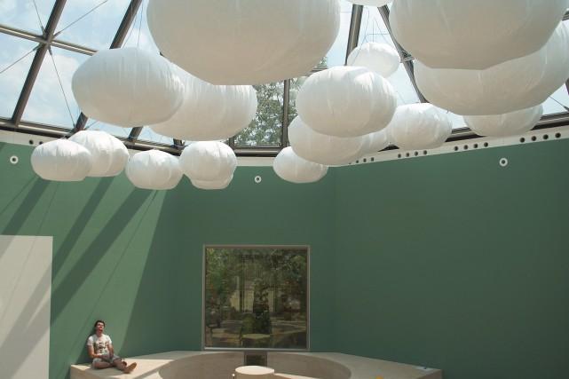 L'énergie solaire actionne le gonflement des ballons suspendus,... (PHOTO FOURNIE PAR STUDIO TOER)