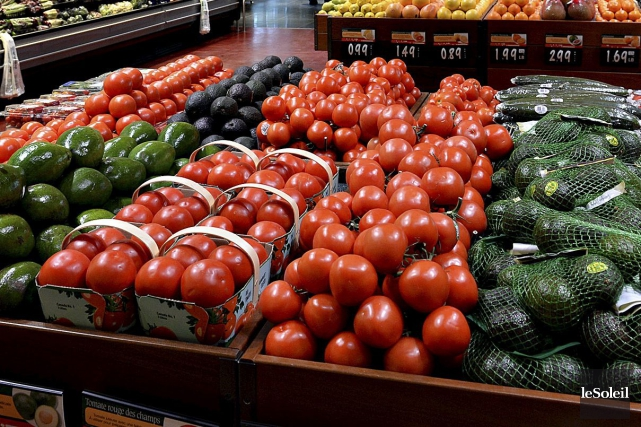 La plupart des fruits et légumes consommés au... (Photo Archives Le Soleil)
