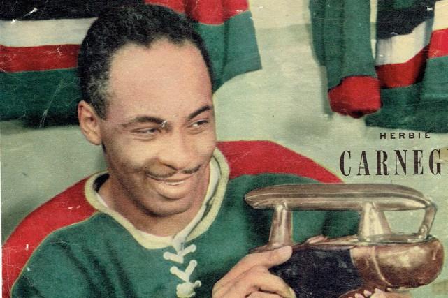 Natif de Toronto, Herbie Carnegie a porté les... (fournie par Léo Roy)