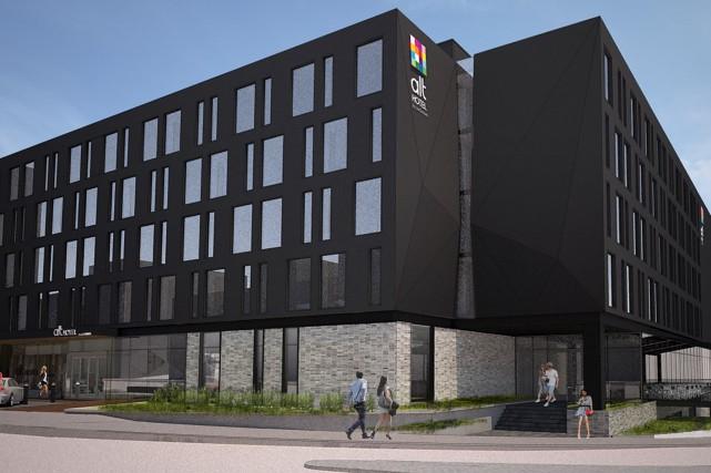 La construction de l'hôtel Alt dans le port...