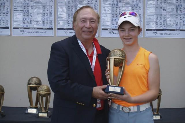 La jeune golfeuse de Saint-Césaire, Mathilde Denicourt, a... (Tirée de Facebook)
