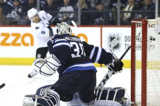 Joe Pavelski a signé son 22e but de la saison et les Sharks de San Jose ont... (PHOTO REUTERS)